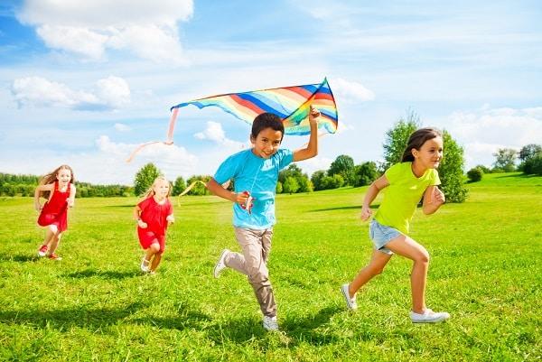 9 hoạt động giải trí ngoài trời cho bé