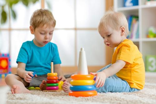 Cách để xây dựng tư duy tích cực và lối sống lạc quan cho trẻ